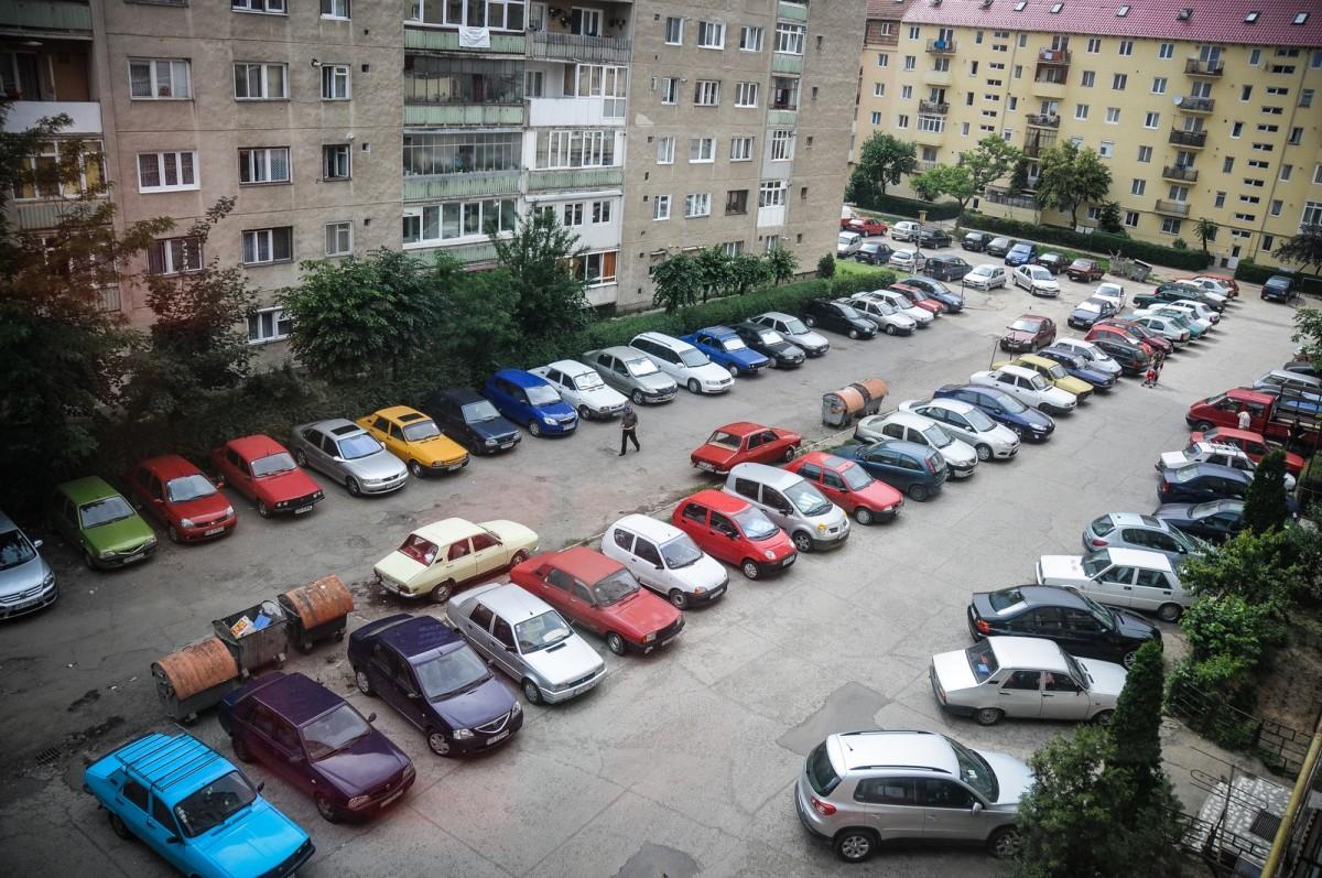 cum au aparut in Sibiu cartierele de blocuri parcare (2) (Copy)
