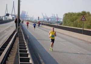 Stefan Bädermann auf der Köhlbrandbrücke