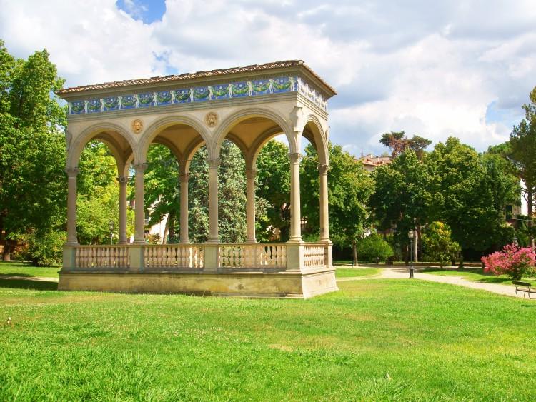 Torna nel Giardino dell'Orticoltura la mostra dei fiori di Firenze. L'appuntamento con gli appassionati del pollice verde è dal 25 aprile al 1 maggio 2014.