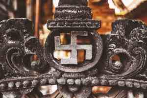 La svastica è un simbolo religioso della tradizione induista
