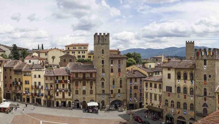 Mercatini di Natale in Toscana: i principali eventi della regione per le feste natalizie, dove acquistare prodotti tipici e calarsi nell'atmosfera di Natale