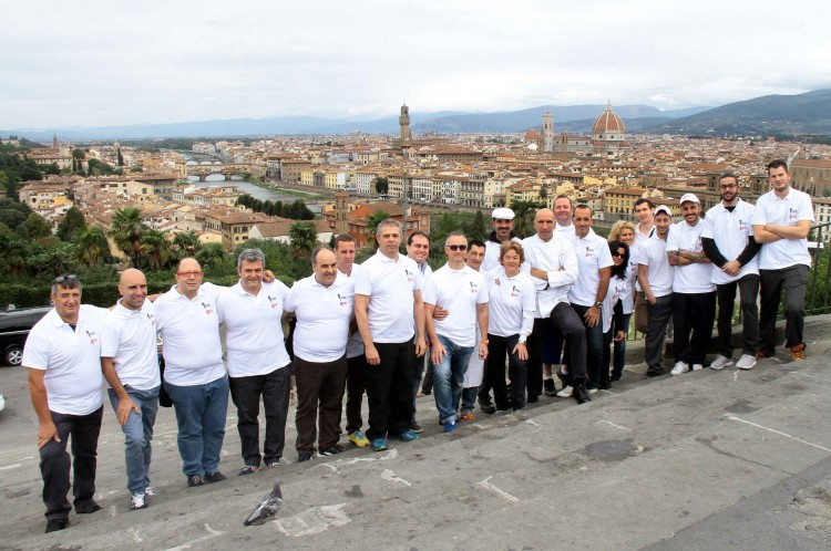 Fino a domenica 4/10/15, il piazzale Michelangelo di Firenze ospita la finale europea del Gelato Festival 2015 con le creazioni di 20 maestri gelatieri