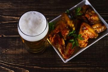 Ricetta del pollo alla birra Made in Tuscany: un piatto semplice e gustoso, fatto con ingredienti sani e genuini prodotti nella meravigliosa terra di Toscana.