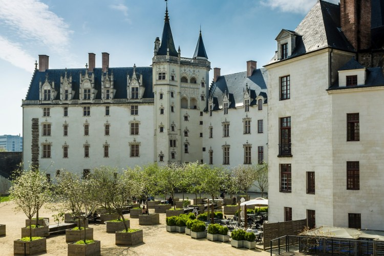 Tour della città di Nantes in Francia, al confine tra la Bretagna e la Valle della Loira: i 9 luoghi da visitare assolutamente per scoprire questa città
