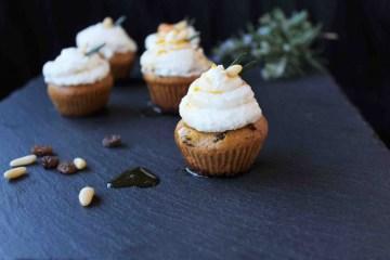 Cupcakes di farina di castagne: la tradizionale ricetta toscana del castagnaccio rivisitata in chiave moderna