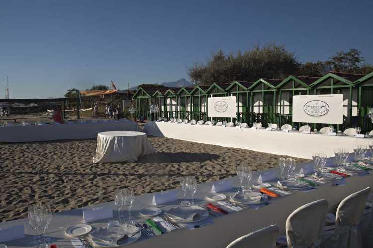 A Tavola Sulla Spiaggia - XXIV edizione - al Bagno Piero di Forte dei Marmi