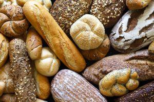 Il pane toscano è uno dei prodotti più tipici della regione. Il più famoso è il pane senza sale, ma molte sono le varietà in base alle zone