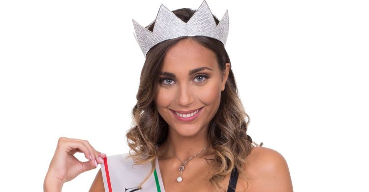 Intervista a Rachele Risaliti, Miss Toscana 2016, che a Iesolo il 10 settembre ha vinto lo scettro di Miss Italia 2016 contro Paola Torrente