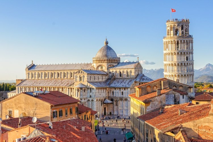 Piazza dei Miracoli a Pisa è una delle piazze più belle della Toscana