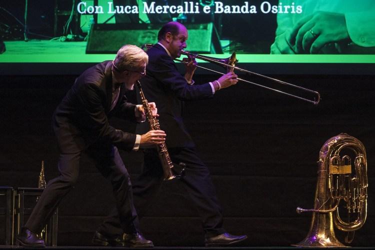 """""""Non ci sono più le quattro stagioni"""" un esilarante spettacolo di Banda Osiris e Luca Mercalli per informare ridendo sui cambiamenti climatici"""