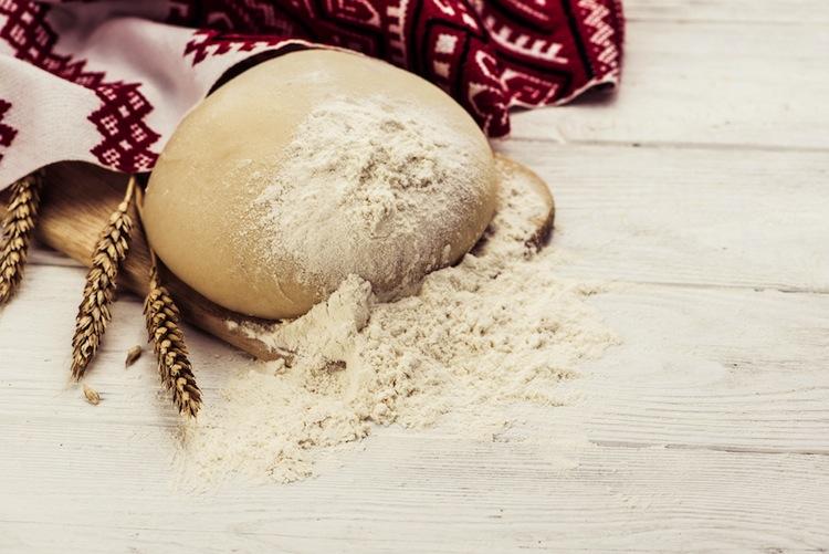 La segale è un antico cerale che può essere impiegato in cucina in molte ricette, per una cucina sana e nutriente grazie alle sue proprietà