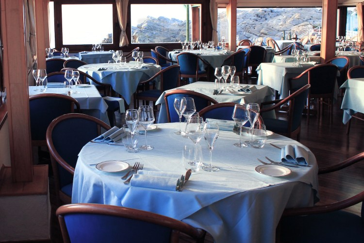 Il ristorante Capo Nord all'Isola d'Elba si trova nel punto più a Nord dell'isola, sopra Marciana Marina,sulla bellissima spiaggia Fenicia