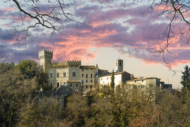 La provincia di Siena è una delle zone più conosciute della Toscana grazie ai 7 territori che la compongono: Val d'Orcia, Val di Merse, Chianti, Val di Chiana, Amiata, Val d'Elsa e Crete senesi