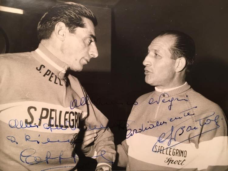 Gino Bartali è uno dei più grandi campioni del ciclismo mondiale. Insieme all'amico rivale Fausto Coppi hanno fatto sognare l'Europa del dopoguerra.