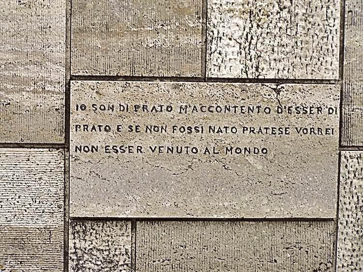 Raccolta di brevi biografie dei toscani illustri del Novecento nei campi di Architettura, Cinema, Letteratura, Scienze e Giornalismo