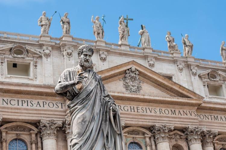 Nominare Dio invano è sempre da condannare. Ma perché in Toscana si bestemmia così tanto da far diventare la bestemmia un intercalare?