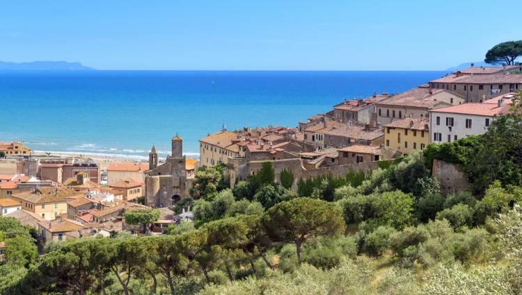 Cerchi un ottimo hotel per le tue vacanze in Maremma toscana? Qui, i migliori 5 resort all'Argentario per relax, spiagge, sport e alta cucina
