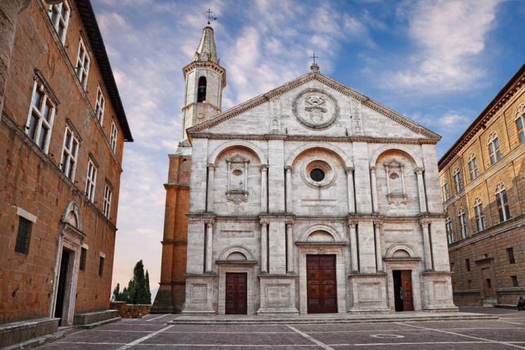 Cosa vedere in Val d'Orcia durante una vacanza in Toscana? 10 luoghi da visitare in Val d'Orcia per vivere un'autentica Real Tuscan Experience.