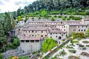 Vista su Le Celle di San Framcesco a Cortona, l'eremo toscano fondato da San Francesco d'Assisi