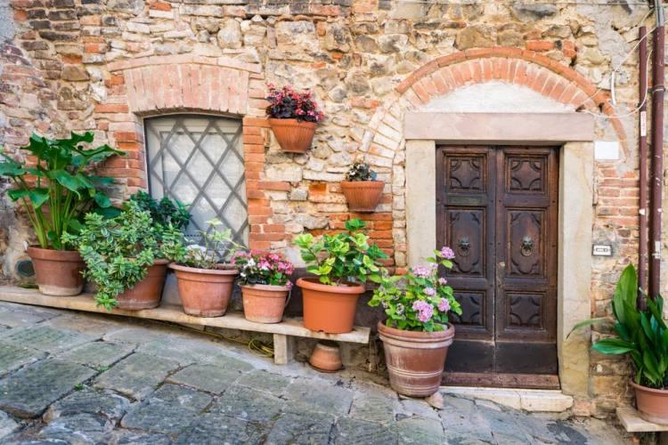 Monticiano è un tipico borgo toscano in provincia di Siena