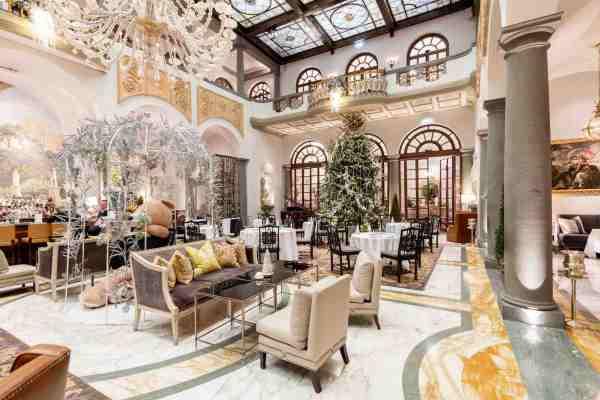 Natale a Firenze nell'hotel di lusso St Regis