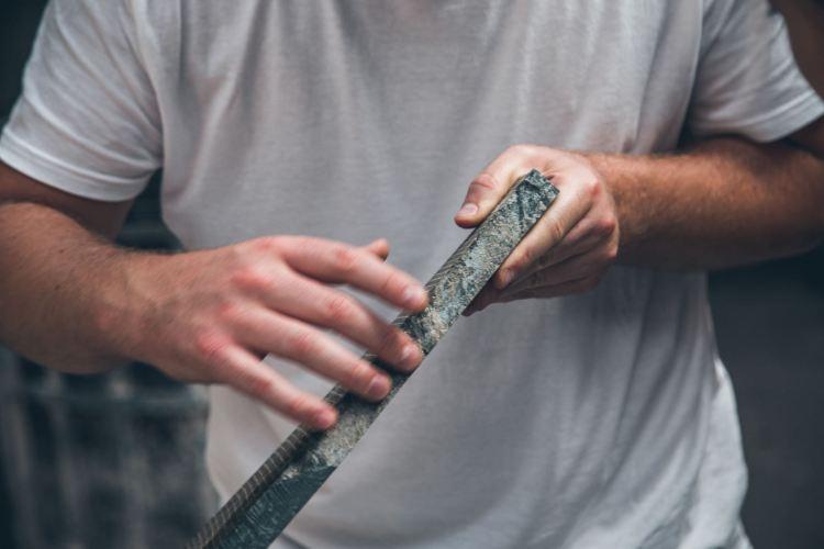 Intervista a Moreno Ratti è uno sculture toscano di fama internazionale, nato a Carrara che ha fatto del marmo il suo materiale prediletto