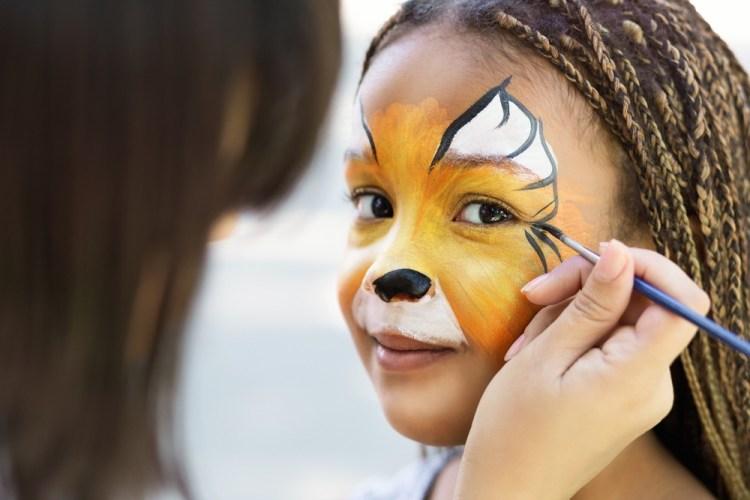 Bambina al Carnevale di Firenze