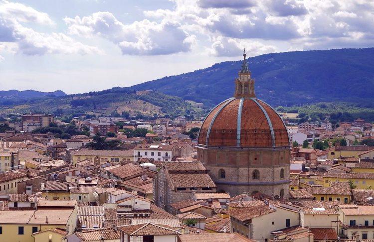 La cupola di Pistoia ricorda la cupola del Duomo di Firenze