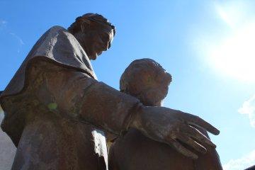Statua di Don Giovanni Bosco