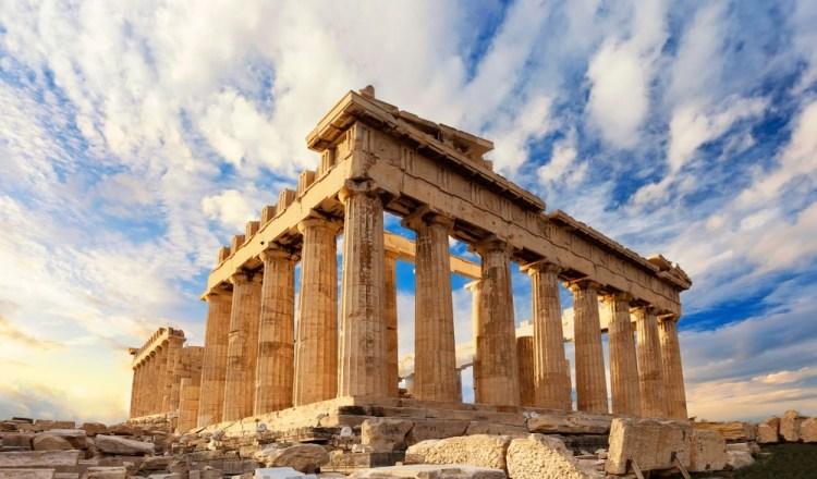 Il Partenone è stato progettato da Fidia seconde le regole della sezione aurea