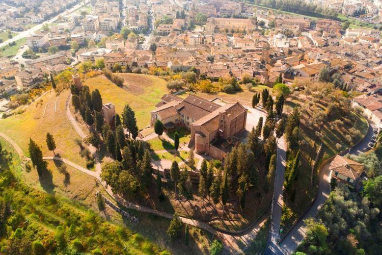 Il borgo toscano di Castelfiorentino visto dall'alto