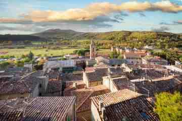 Vista di Sarteano, borgo in Toscana sul Monte Cetona