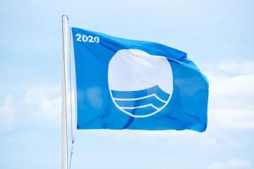 Bandiara Blu 2020 su una spiaggia in Toscana
