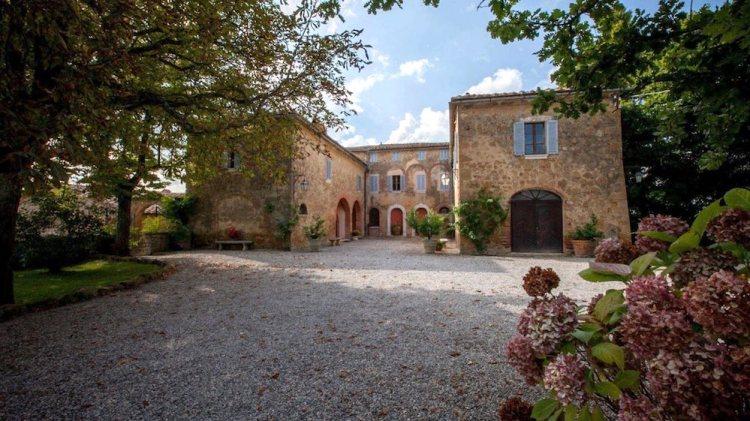Borgo Sant'Ambrogio è un'ottima struttura per una vacanza in agriturismo in Toscana