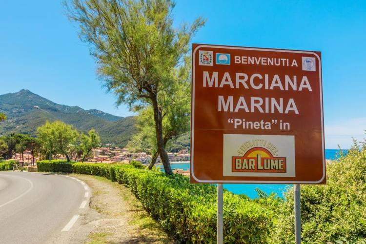 Marciana Marina è il borgo toscano all'Isola d'Elba i cui è ambientata la serie de I delitti del Barlume