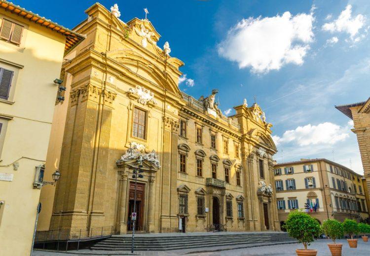 La sede della Fondazione Zeffirelli a Firenze si trova nel Vecchio Tribunale dietro Piazza della Signoria