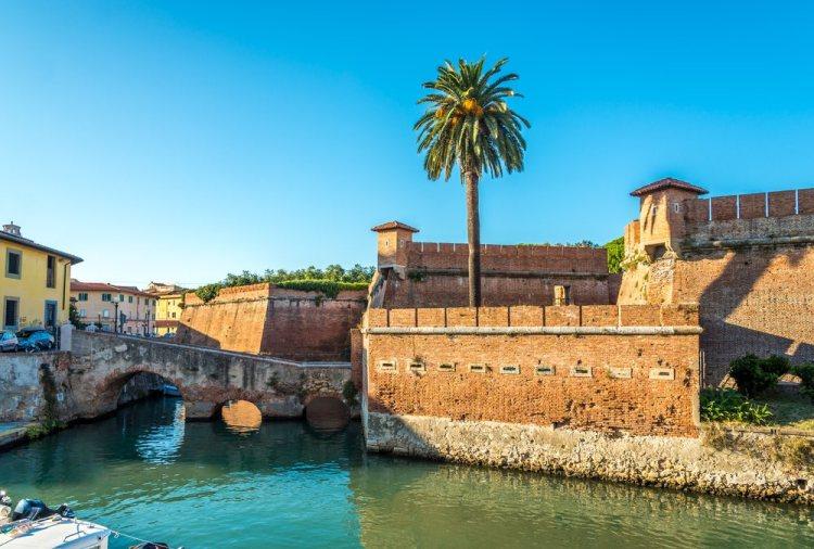 Vista su la Fortezza Nuova di Livorno e i canali de La Venezia