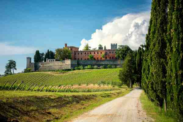 Il Castello di Brolio è una delle migliori cantine per degustazioni di vini nel Chianti Classico