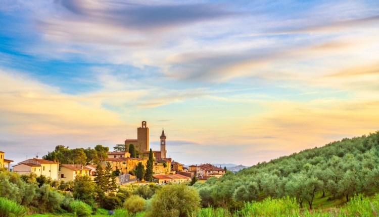 Il borgo di Vinci in Toscana è il paese natale di Leonardo