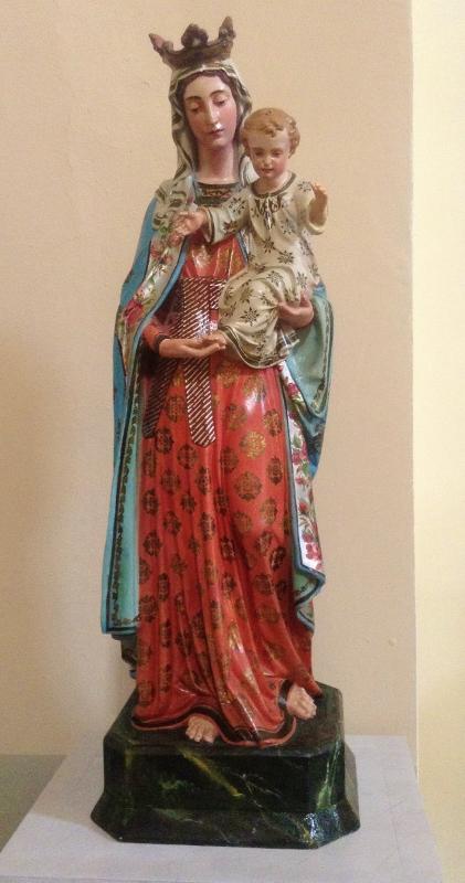 Statue, Lanciole Church