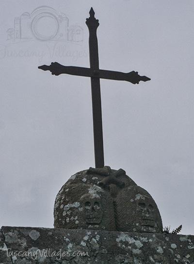Castlevecchio Cemetery Cross above Gate