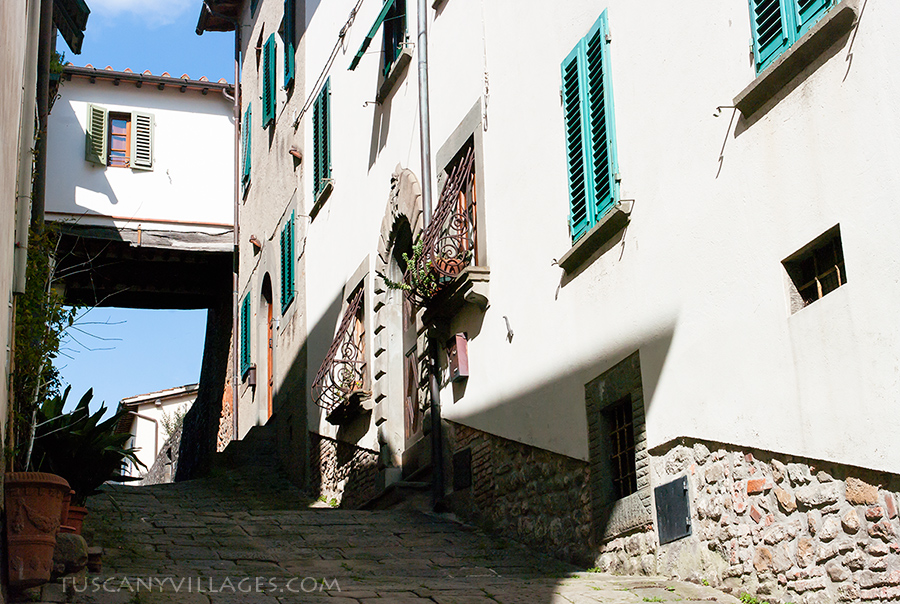 Street in Colle di Buggiano, Tuscany