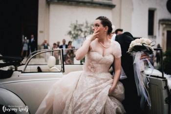 bride cry emotions tuscany wedding photographer