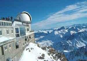 Turismo en Hautes Pyrénées: Pic du Midi, noche en la cima