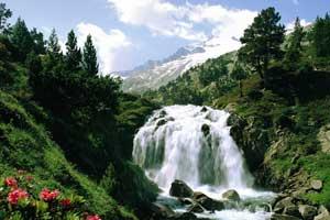 Cascada de Aigualluts