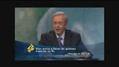 Photo of Charles Stanley – Dios Esta Contigo – #cristianos