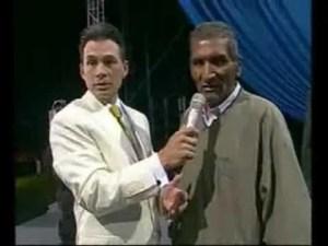 Lee más sobre el artículo Noches de Gloria – Milagro en Arequipa, Peru – Teodoro fue sano de seguera