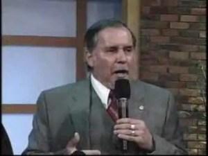 Lee más sobre el artículo Profecia Apostol Rony Chavez para el Pastor Cash Luna 1 de 3