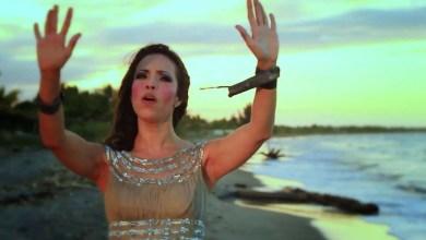 Jennifer Salinas - Eres Santo #musicacristiana