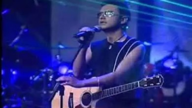 Photo of Video: Me Robaste El Corazon – Alex Campos